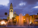Fountain and Museum of Man in Balboa Park  San Diego  California