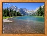 Lac Joséphine avec glacier Grinnell et ligne continentale de partage des eaux, parc national Glacier, Montana Photo encadrée par Jamie & Judy Wild
