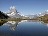 Riffelsee and the Matterhorn  Zermatt  Valais  Swiss Alps  Switzerland  Europe