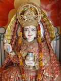 Statue of the Hindu Goddess Annapurna (Parvati) Giving Food  Lakshman Temple  Rishikesh  Uttarakhan