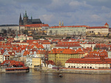The River Vltava  Lesser Town and Prague Castle  UNESCO World Heritage Site  Prague  Czech Republic
