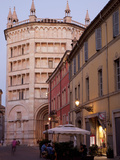Cafe and Baptistry  Parma  Emilia Romagna  Italy  Europe