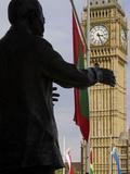 Nelson Mandela Statue and Big Ben  Westminster  London  England  United Kingdom  Europe