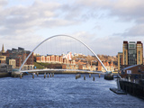 Millennium Bridge and the Baltic from the Swing Bridge  Newcastle Upon Tyne  Tyne and Wear  England