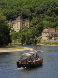Caberre Boat on the River Dordogne  La Roque-Gageac  Dordogne  France  Europe