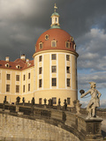 Baroque Statues at Moritzburg Castle  Moritzburg  Sachsen  Germany  Europe
