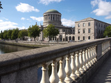 Four Courts and River Liffey  Dublin  Republic of Ireland  Europe