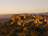 The Hill Top Village of Saignon at Sunset  Provence  France  Europe