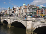 River Liffey and O&#39;Connell Bridge  Dublin  Republic of Ireland  Europe