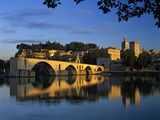 Pont St Benezet over the River Rhone  and Palais Des Papes  UNESCO World Heritage Site  Avignon  P