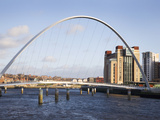 Millennium Bridge and the Baltic from the Quayside  Newcastle Upon Tyne  Tyne and Wear  England  Un