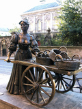 Molly Malone Statue  Grafton Street  Dublin  Republic of Ireland  Europe