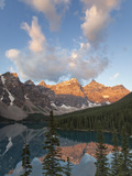 Early Morning Reflections in Moraine Lake  Banff National Park  UNESCO World Heritage Site  Alberta
