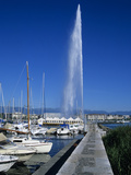 Jet D'Eau (Water Jet)  Lake Geneva  Geneva  Switzerland  Europe