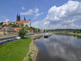 Cruise Ship on the River Elbe Below the Albrechtsburg  Meissen  Saxony  Germany  Europe