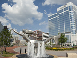 Mermaid Sculpture Fountain in Town Point Park  Norfolk  Virginia  Usa