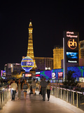 Evening from Walkway  Las Vegas Boulevard  the Strip  Las Vegas  Nevada  Usa
