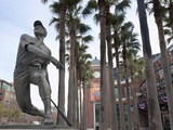 At&T Baseball Park  Statue of Baseball Player Willie Mays Jr  Soma  San Francisco  California  Usa