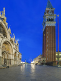 St Mark's Square (Piazza San Marco) at Dawn  Venice  Italy