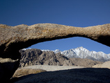 Lathe Arch with the Eastern Sierra Nevada Range  Lone Pine Peak  Alabama Hills  California  Usa