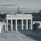 Brandenburg Gate  Pariser Platz  Berlin  Germany