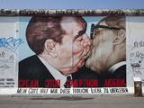 Eastside Gallery (Berlin Wall)  Muhlenstrasse  Berlin  Germany