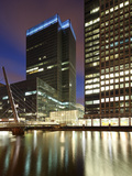Canary Wharf  Major Business District in London  One of London's Two Main Financial Centres  Contai