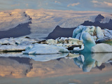 Glacier Lagoon at Sunrise  Iceland