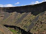 Canyon Wall of Basalt Lava Flows Above the Crooked River Near Terrebonne  Oregon  USA