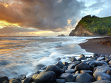 Coast of Pololu Valley  Big Island  Hawaii  USA
