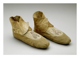Moccasins  Menominee  C1830 (Smoked Deerskin  Porcupine Quills and Wool Fabric)