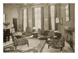 Lounge  1930 (B/W Photo)