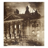 The Reichstag on Fire  27th February 1933 (Sepia Photo)