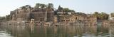 Rajarajeshwara Temple and Ahilya Fort at the Narmada River  Maheshwar  Khargone  Madhya Pradesh