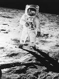 Edwin E Aldrin Jr Walks the Moon