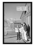 Manzanar Free Press Reproduction d'art par Ansel Adams