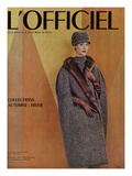 L'Officiel  September 1956 - Ensemble-Cape de Christian Dior en Arakweed de Rodier