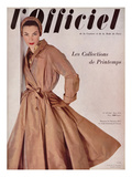 L'Officiel  March 1952 - Manteau de Christian Dior en Surah Chantung de Staron