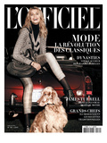 L'Officiel  October 2009 - Hana Porte un Blouson en Lainage Imprimé Prince-De-Galles