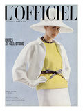 L'Officiel  April 1963 - Tailleur d'André Courrèges
