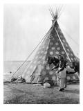 Blackfoot Tepee  c1927