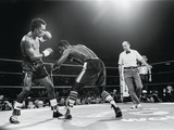 Sugar Ray Leonard  &quot;Comeback Fight&quot; Against Kevin Howard  May 11  1984