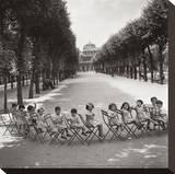 Les enfants dans les jardins du Palais-Royal, 1950 Tableau sur toile par Robert Doisneau