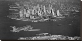 Airplane flying towards Manhattan