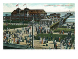 Long Beach  California - Crowds Outside Auditorium and Pier
