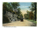 Kansas City  Missouri - View of the Spring of Cliff Drive