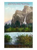 Yosemite Nat'l Park  California - Scenic View of Bridal Veil Falls