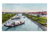 Venice  California - Gondalas on the Canal