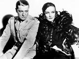 Shanghai Express  Clive Brook  Marlene Dietrich  1932