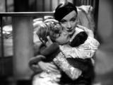 Blonde Venus  Dickie Moore  Marlene Dietrich  1932